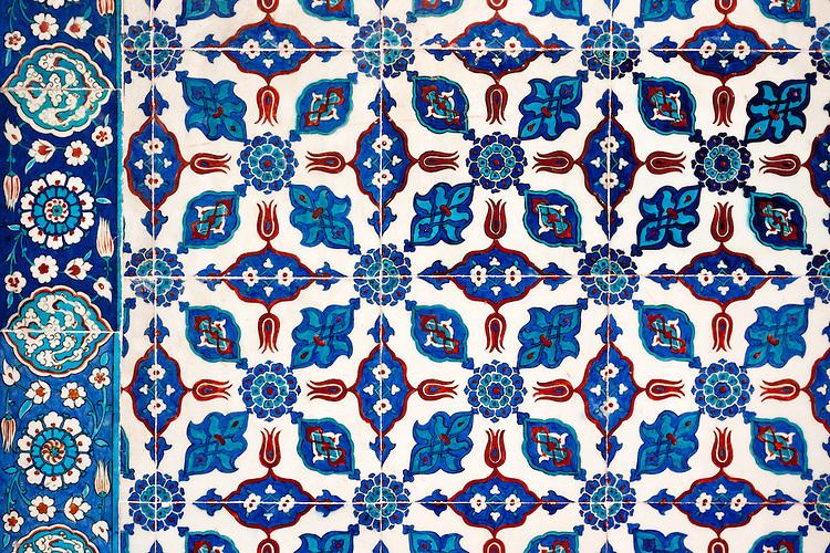 Iznik 14 - Stylized flower motifs on Iznik tiles in Rustem Pasa Mosque, Eminonu, Istanbul, Turkey