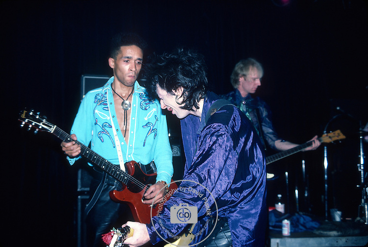 Barry Jones, Johnny Thunders,