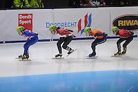 SHORTTRACK: DORDRECHT: Sportboulevard Dordrecht, 25-01-2015, ISU EK Shorttrack, Charlotte GILMARTIN (GBR | #120), Bernadett HEIDUM (HUN | #124), Lara VAN RUIJVEN (NED | #139), Anna SEIDEL (GER | #121), ©foto Martin de Jong