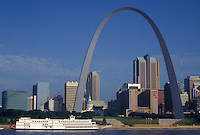 St. Louis, MO, Missouri, View of the skyline of downtown Saint Louis and Gateway Arch from the Mississippi River