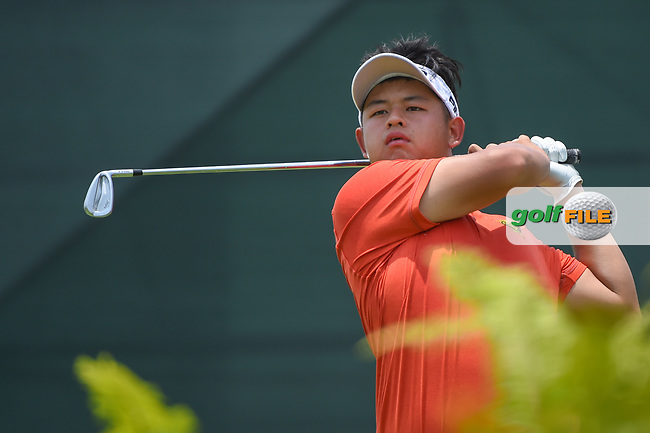 Ervin CHANG (MAS) watches his tee shot on 4 during Rd 2 of the Asia-Pacific Amateur Championship, Sentosa Golf Club, Singapore. 10/5/2018.<br /> Picture: Golffile | Ken Murray<br /> <br /> <br /> All photo usage must carry mandatory copyright credit (© Golffile | Ken Murray)