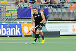 The Hague, Netherlands, June 08: Shea McAleese #25 of New Zealand runs with the ball during the field hockey group match (Men - Group B) between the Black Sticks of New Zealand and Germany on June 8, 2014 during the World Cup 2014 at Kyocera Stadium in The Hague, Netherlands.  Final score 3-5 (1-3) (Photo by Dirk Markgraf / www.265-images.com) *** Local caption ***