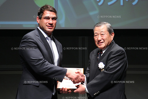 George Smith (SUNTORY), .February 27, 2012 - Rugby : .Japan Rugby Top League 2011-2012 Awards Ceremony .at Tokyo International Forum, Tokyo, Japan. .(Photo by Daiju Kitamura/AFLO SPORT) [1045].