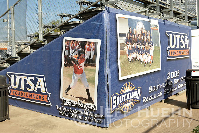 SAN ANTONIO, TX - MARCH 26, 2008: The Missouri Tigers vs. The University of Texas at San Antonio Roadrunners Softball at Roadrunner Field. (Photo by Jeff Huehn)