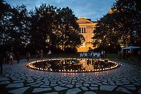 2016/08/02 Berlin | Gedenken an in Auschwitz ermordete Sinti und Roma