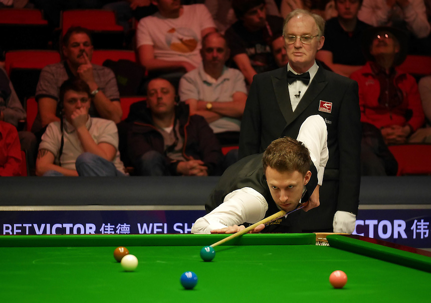 Judd Trump in action against Jamie Burnett in the last 64<br /> <br /> Snooker - Betvictor Welsh Open 2014  - Monday 24th February 2014 - Newport Centre - Newport - Wales - UK <br /> <br /> Credit - CameraSport - Ian Cook <br /> <br /> &copy; CameraSport - 43 Linden Ave. Countesthorpe. Leicester. England. LE8 5PG - Tel: +44 (0) 116 277 4147 - admin@camerasport.com - www.camerasport.com