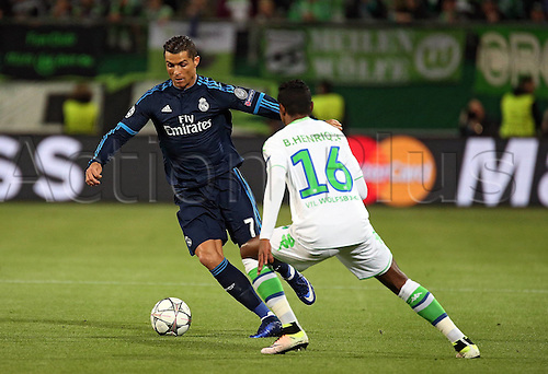 06.04.2016. Wolfsburg, Geramny. UEFA Champions League quarterfinal. VfL Wolfsburg versus Real Madrid. Cristiano Ronaldo (Real Madrid) takes on Bruno Henrique (VfL Wolfsburg)