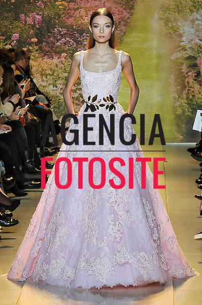 Paris, Franca &ndash; 01/2014 - Desfile de Zuhair Murad durante a Semana de moda de Alta Costura - Verao 2014. <br /> Foto: FOTOSITE
