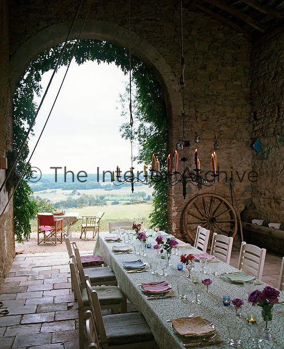 The Dutch barn with its spectacular views and long table is a wonderful place for entertaining many people