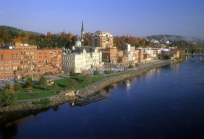 Fall view of the city of Augusta, Maine, USA