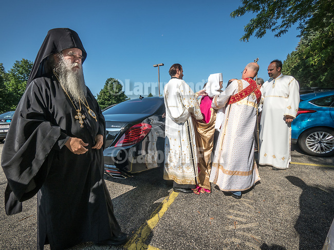 Patriarchal Divine Liturgy at New Gracanica Monastery, Third Lake, Illinois<br /> <br /> With His Holiness Irinej, Patriarch of the Serbian Orthodox Church<br /> <br /> <br /> #NGMWADiocese<br /> #GlorificationStMardarije, #Chicago, #PatriarchIrinej, #MetropolitanAmphiloije<br /> #SerbianOrthodoxChurch