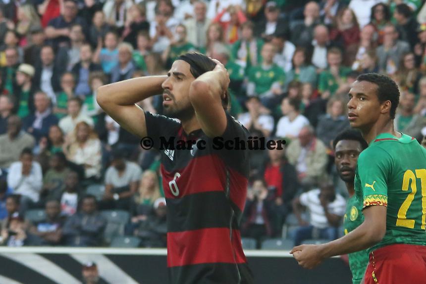 Sami Khedira (D) ärgert sich - Deutschland vs. Kamerun, Mönchengladbach