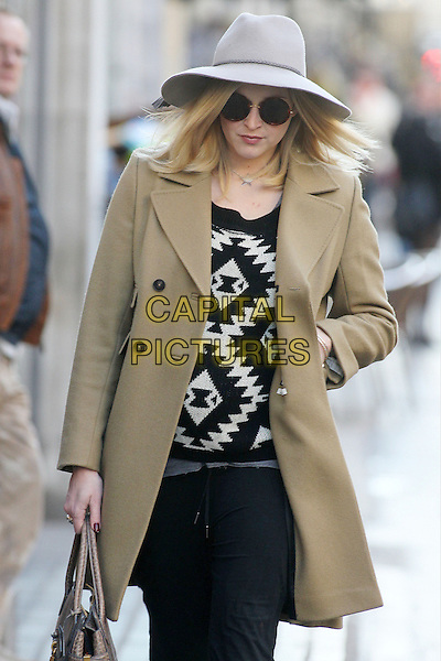 Fearne Cotton arrives for work, London, England..November 5th, 2012.half length grey gray hat sunglasses shades brown jacket tan black white sweater jumper top trousers   pregnant bag purse.CAP/HIL.©John Hillcoat/Capital Pictures .