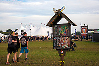 Metalfans reisen zum 28. Wacken Open Air Festival - W:O:A 2017 an. Wacken, 02.08.2017