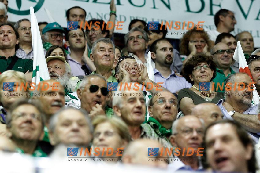Militanti della Lega Nord .Milano  01/07/2012  Giornata conclusiva del Congresso Federale della Lega Nord al Forum di Assago.Foto Serena Cremaschi Insidefoto