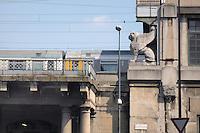 - Milan, the Central Station....- Milano, la Stazione Centrale