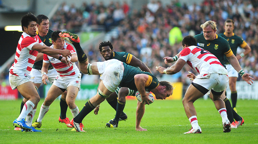 South Africa's Schalk Burger in action during todays match<br /> <br /> Photographer Kevin Barnes/CameraSport<br /> <br /> Rugby Union - 2015 Rugby World Cup - Japan v South Africa - Saturday 19th September 2015 - The American Express Community Stadium - Falmer - Brighton<br /> <br /> &copy; CameraSport - 43 Linden Ave. Countesthorpe. Leicester. England. LE8 5PG - Tel: +44 (0) 116 277 4147 - admin@camerasport.com - www.camerasport.com