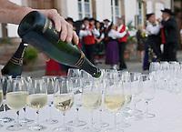 Europe/France/Alsace/67/Bas-Rhin/ Marlenheim:Vin d'Honneur et  danseurs lors  de la Fête du Mariage de l'Ami Fritz