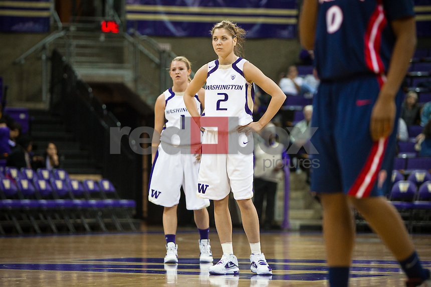 Mercedes Wetmore, Kellie McCann-Smith...------Washington Huskies women's basketball against the Arizona Wildcats at Alaska Airlines Arena at Hec Edmundson Pavilion in Seattle on Thursday, January 26, 2012. (Photo by Dan DeLong/Red Box Pictures)
