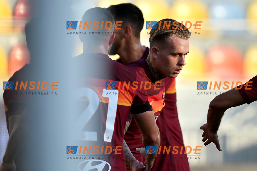 Rick Karsdorp of AS Roma celebrates with team mates after scoring a goal during the friendly football match between Frosinone calcio and AS Roma at Benito Stirpe stadium in Frosinone (Italy), September 9th, 2020. AS Roma won 4-1 over Frosinone Calcio. Photo Andrea Staccioli / Insidefoto