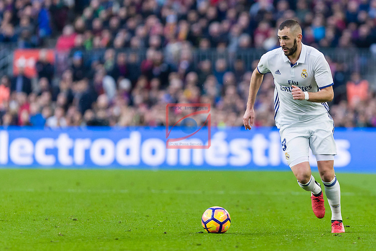 League Santander 2016/2017. Game: 14.<br /> FC Barcelona vs Real Madrid: 1-1.<br /> Karim Benzema.