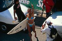 Layne Beachley (AUS) Kana Beach Lacanau Pro France 1998. Photo:  joliphotos.com