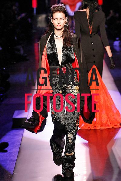Jean Paul Gaultier<br /> <br /> Alta Costura - Paris - Ver&atilde;o 2016<br /> <br /> <br /> foto: FOTOSITE