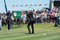 Henrik Stenson (SWE) tees off the first hole during his final round of the 118th U.S. Open Championship at Shinnecock Hills Golf Club in Southampton, NY, USA. 17th June 2018.<br /> Picture: Golffile | Brian Spurlock<br /> <br /> <br /> All photo usage must carry mandatory copyright credit (&copy; Golffile | Brian Spurlock)