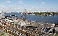 Amsterdam Centraal Station aan het IJ