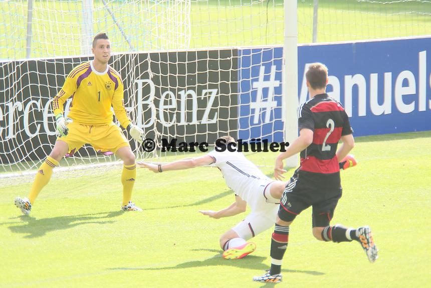 Chance für Miroslav Klose - Testspiel der Deutschen Nationalmannschaft gegen die U20 zur WM-Vorbereitung in St. Martin