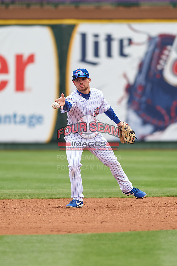 South Bend Cubs second baseman Levi Jordan (5) flips the ball to the shortstop during a Midwest League game against the Cedar Rapids Kernels at Four Winds Field on May 8, 2019 in South Bend, Indiana. South Bend defeated Cedar Rapids 2-1. (Zachary Lucy/Four Seam Images)