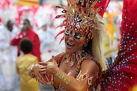 SAO PAULO, SP, 19 DE FEVEREIRO 2012 - CARNAVAL SP - TOM MAIOR - Tania Oliveira.Desfile da escola de samba Tom Maior na segunda noite do Carnaval 2012 de São Paulo, no Sambódromo do Anhembi, na zona norte da cidade, neste domingo. (FOTO: ADRIANO LIMA  - BRAZIL PHOTO PRESS).