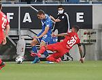 Robert Skov (TSG 1899 Hoffenheim) und Ismail Jakobs (1.FC Köln)<br /> <br /> Foto: POOLFOTO/Avanti/Ralf Poller/PIX-Sportfotos.<br /> TSG 1899 Hoffenheim-1. FC Koeln.<br /> Sinsheim,  GER, 27.05.2020 , 28. Spieltag , Fussball 1. Bundesliga 2019/2020.<br /> <br /> Sport: Fussball: LIGA: Saison 19/20: TSG 1899 Hoffenheim- 1.FC Koeln, 27.05.2020.<br /> Foto: RALF POLLER/AVANTI/POOL<br /> <br /> Nur für journalistische Zwecke! Only for editorial use! <br /> Gemäß den Vorgaben der DFL Deutsche Fußball Liga ist es untersagt, in dem Stadion und/oder vom Spiel angefertigte Fotoaufnahmen in Form von Sequenzbildern und/oder videoähnlichen Fotostrecken zu verwerten bzw. verwerten zu lassen. DFL regulations prohibit any use of photographs as image sequences and/or quasi-video.
