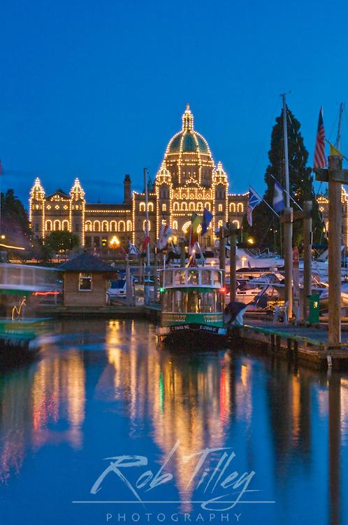 Canada, British Columbia, Victoria, Inner Harbour at Dusk