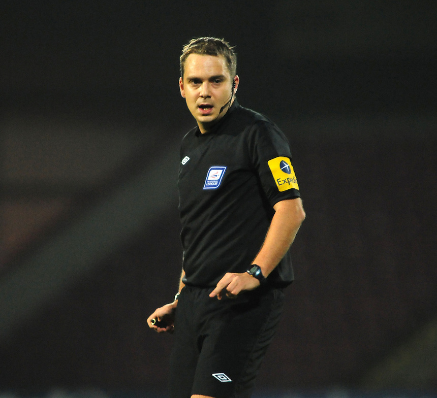 Referee Michael Naylor..Football - npower Football League Division One - Scunthorpe United v Preston North End - Tuesday 23rd October 2012 - Glanford Park - Scunthorpe..