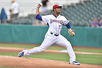 Tennessee Smokies starting pitcher Duane Underwood Jr. (27) delivers a pitch during a game against the Jackson Generals at Smokies Stadium on July 5, 2016 in Kodak, Tennessee. The Generals defeated the Smokies 6-4. (Tony Farlow/Four Seam Images)