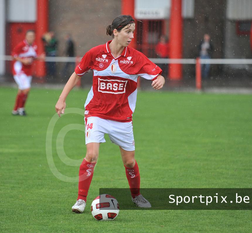 Supercup seizoen 2011 - 2012 ; Kampioen Standard Femina tegen Bekerwinnaar Waasland Beveren Sinaai Girls : Berit Stevens .foto DAVID CATRY / Vrouwenteam.be