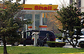 Kensington, MD - October 3, 2002 -- Shell Station in Kensington, MD where 25-year-old Lori Ann Lewis-Rivera was ambushed and killed while vacuuming out her car this morning, 3 October, 2002 in Kensington, MD.<br /> Credit Ron Sachs / CNP<br /> <br /> (RESTRICTION: NO New York or New Jersey Newspapers or newspapers within a 75 mile radius of New York City)