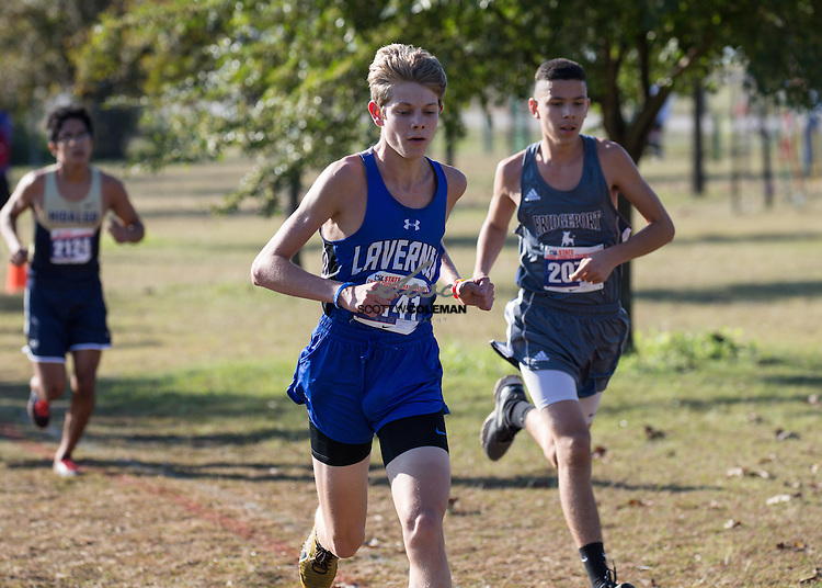 Joshua Krueger of La Vernia High School runs in the Boys Class 4A UIL Cross Country State Championships at Old Settlers Park in Round Rock, Texas, on November 12, 2016.