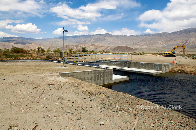 A new monitoring structure on the lower Owens River