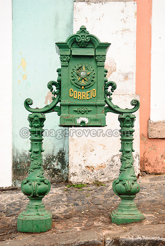 Brazil, Bahia, Salvador: Old letter box in Pelourinho, the beautifully restored historic center of Salvador de Bahia. The district Pelourinho was built by the Portuguese in the 18th and 19th century as a residential and administrative center. Neglected for a greater part of the 20th century, Pelourinho received in 1985 the status as a UNESCO World Heritage Site. Restored it is today the crown jewel of Salvador. --- No signed releases available.