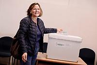 Roma, 30 Aprile 2017<br /> Emanuela Mauro, moglie di Gentiloni al voto<br /> Voto Primarie Partito Democratico