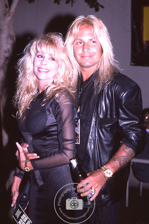 the gallery for motley crue 1988. Black Bedroom Furniture Sets. Home Design Ideas