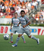 FC Dallas forward Carlos Ruiz (20).  Houston Dynamo defeated FC Dallas 1-0 in an MLS regular season match at Robertson Stadium in Houston, TX on August 19, 2007.