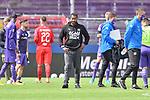 Fußball: nph00403:  - 2. Bundesliga - 27. Spieltag VfL Osnabrück - Hannover 96 am 23.05.2020 im Stadion an der Bremer Brücke in Osnabrück <br /> <br /> Trainer Daniel Thioune (VfL Osnabrück) ist nach der Niederlage unzufrieden / enttäuscht / enttaeuscht / niedergeschlagen / frustriert / <br /> <br /> Foto: Michael Titgemeyer/VfL Osnabrück/Pool/Paetzel/nordphoto