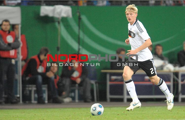 Fussball, L&auml;nderspiel, WM 2010 Qualifikation Gruppe 4  14. Spieltag<br />  Deutschland (GER) vs. Finnland ( FIN ) 1:1 ( 0:1 )<br /> <br /> <br /> Andreas BECK ( Ger / Glasgow #02) <br /> Foto &copy; nph (  nordphoto  )<br />  *** Local Caption *** <br /> <br /> Fotos sind ohne vorherigen schriftliche Zustimmung ausschliesslich f&uuml;r redaktionelle Publikationszwecke zu verwenden.<br /> Auf Anfrage in hoeherer Qualitaet/Aufloesung