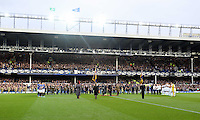 Liverpool, UK. Saturday 01 November 2014<br /> Pictured: Everton and Swansea players on a minute's silence for Remembrance <br /> Re: Premier League Everton v Swansea City FC at Goodison Park, Liverpool, Merseyside, UK.