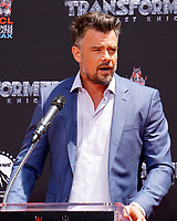 LOS ANGELES - MAY 23:  Josh Duhamel at the Michael Bay Hand And Footprint Ceremony at the TCL Chinese Theater IMAX on May 23, 2017 in Los Angeles, CA