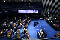 Brasília (DF), 03/07/2019 - Sessão Solene / Senado -  Davi Alcolumbre (DEM/AP), Presidente do Senado, durante sessão solene do Congresso Nacional de promulgação da emenda constitucional n° 101 de 2019, que estende aos militares dos Estados, do DF e dos Territórios o direito à acumulação de cargos públicos prevista no Art. 37 da Constituição Federal, nesta quarta-feira, 3. (Foto Charles Sholl/Brazil Photo Press/Agencia O Globo) Politica