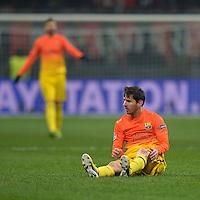 FUSSBALL  CHAMPIONS LEAGUE  ACHTELFINALE  HINSPIEL  2012/2013      AC Mailand - FC Barcelona     20.02.2013 Lionel Messi (Barca) am Boden